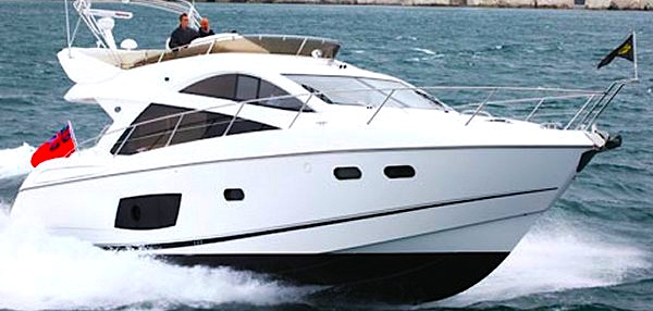 "Sunseeker Poole confirm sale of Manhattan 53 ""FAB 2"""