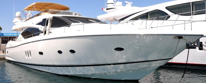 "Champagne and rosé in St Tropez as Sunseeker Cannes complete sale of 75 Yacht ""COQUINE"""