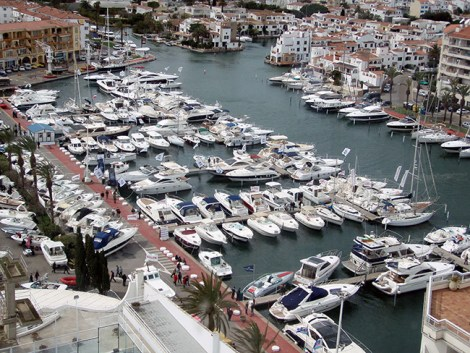 Sunseeker Spain exhibiting at Empuriabrava Used Boat Show: March 28th-April 5th