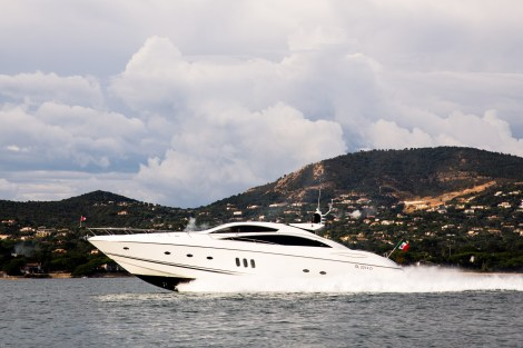 "Sunseeker Southampton announce sale and delivery of Predator 82 ""MAORO"""