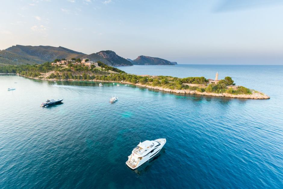 EVENT ROUND-UP: Sunseeker London Group report on the outstandingly successful Sunseeker Owners Cruise event and the 'ULTIMATE 2016' party in Mallorca, Spain