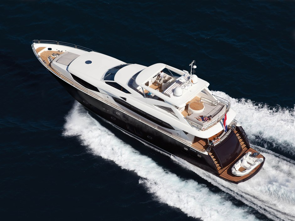 BOAT LISTING: Sunseeker France are proud to announce the listing of the 30M Sunseeker Yacht 'SIMPLE PLEASURE'