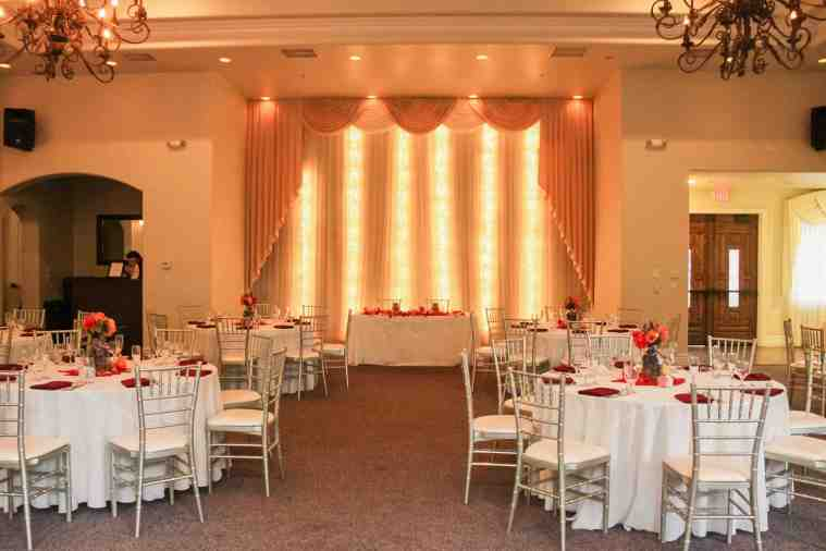 garden wedding venue las vegas chiavari chairs