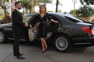 sunset-limousine-car-aiport-service