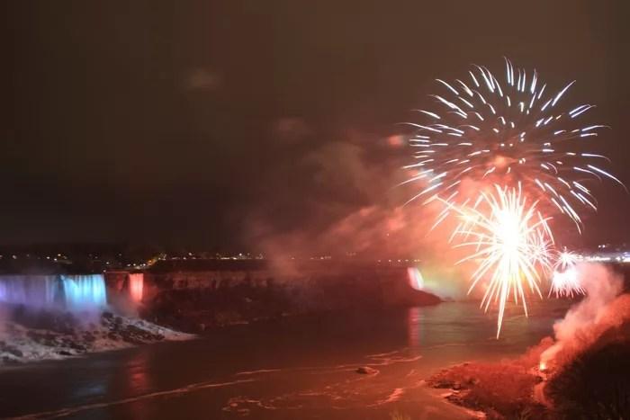 niag_fireworks_sm