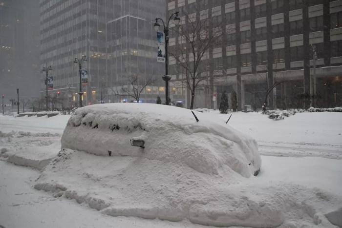 nyc_storm_car2_sm