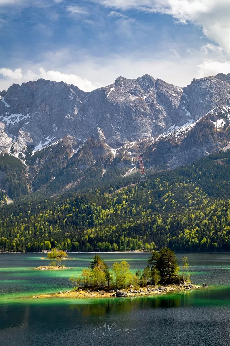 Lake Eibsee in Autumn