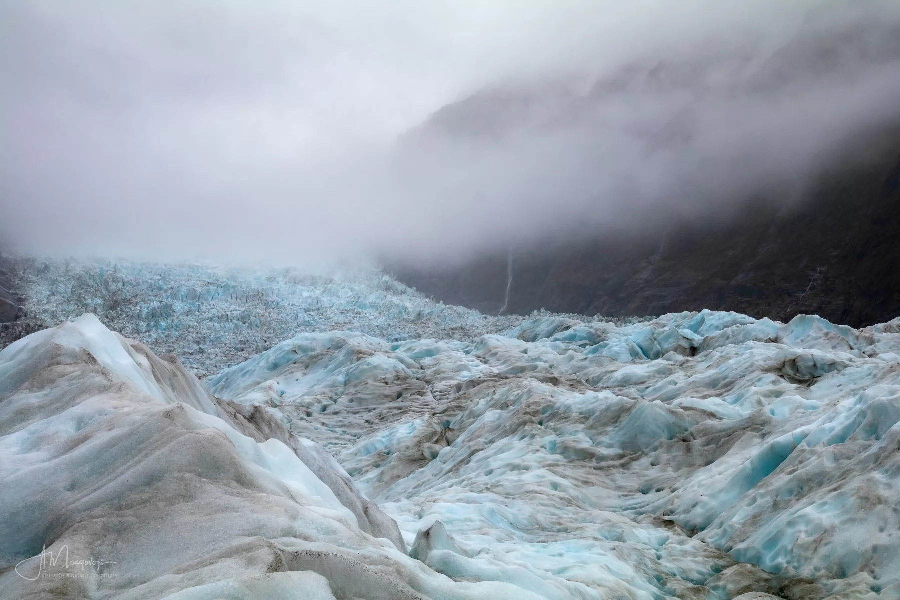 Bad weather rolling in at Fox Glacier hell hike