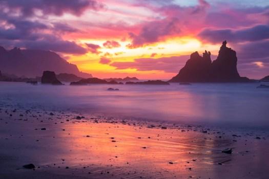 Закатные Краски на Пляже Бенихо