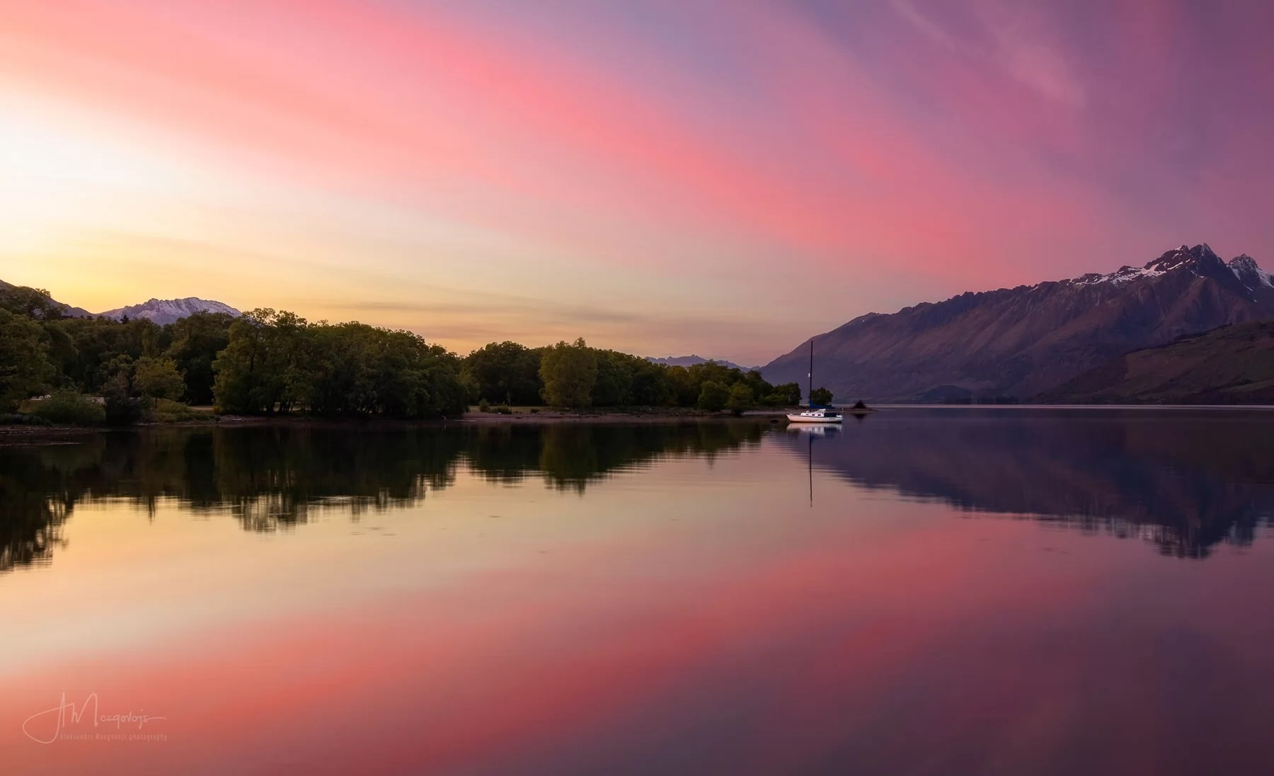Another image of sunrise in Glenorchy, New Zealand