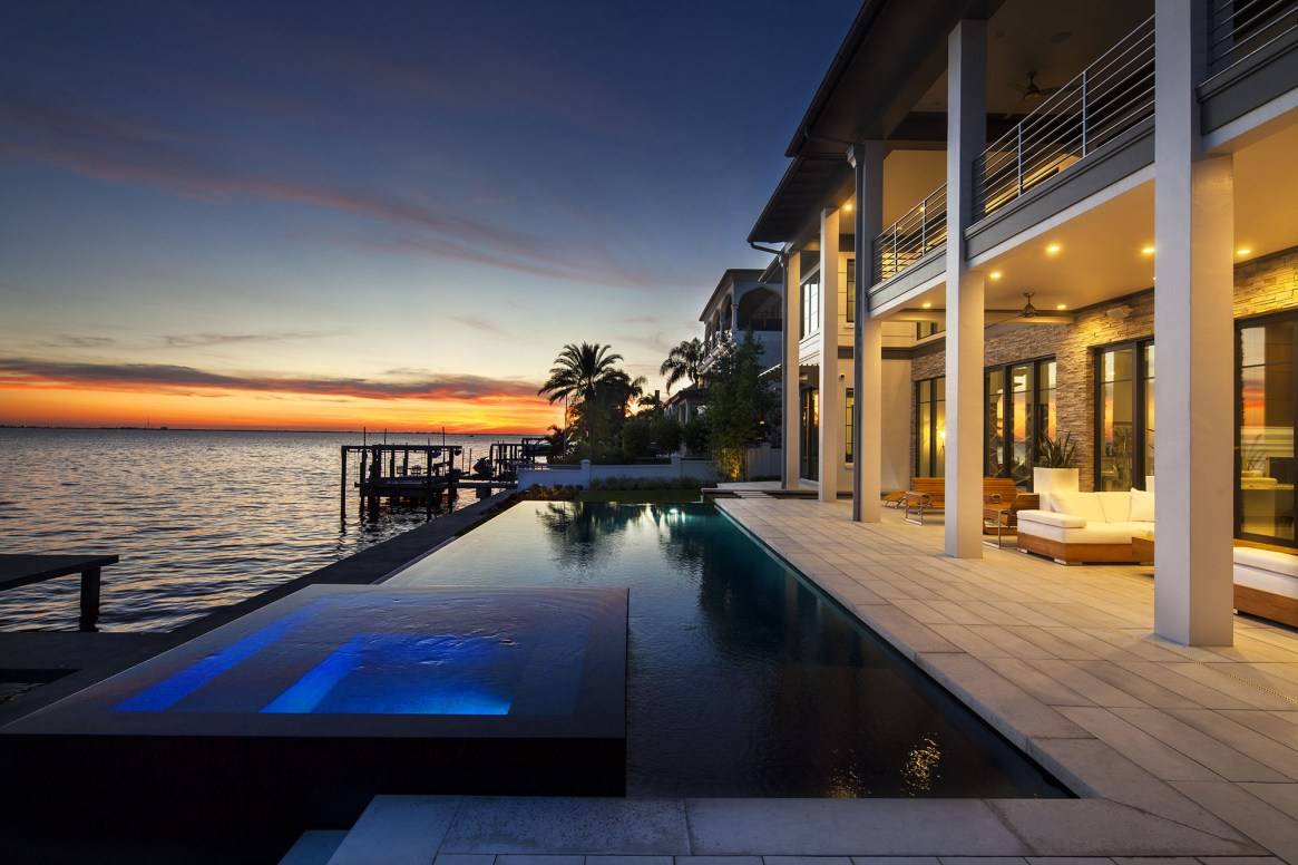 South Tampa Waterfront Infinity Pool