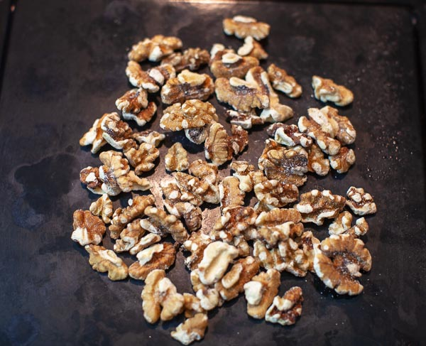 walnuts prior to roasting