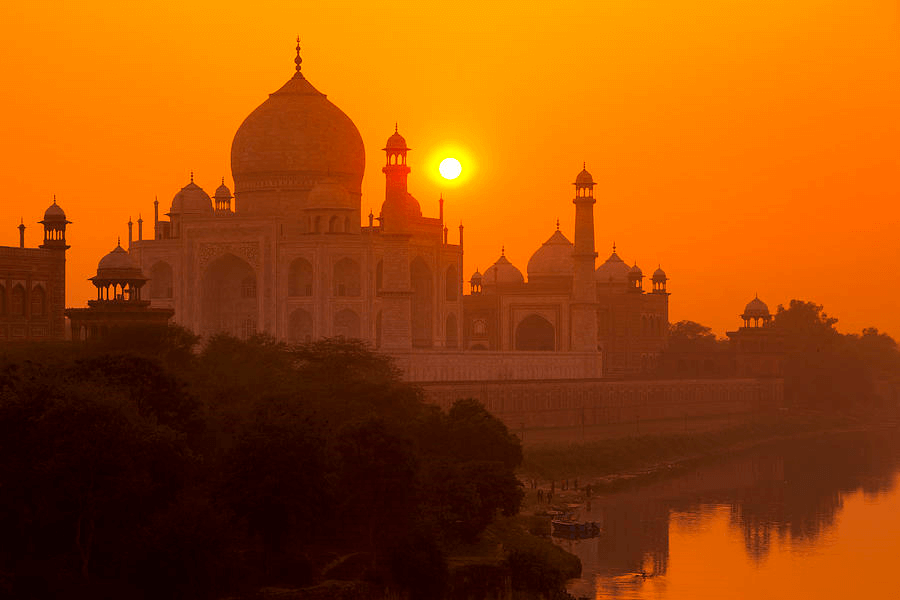 Taj Mahal India - Best Sunset Locations Around The World