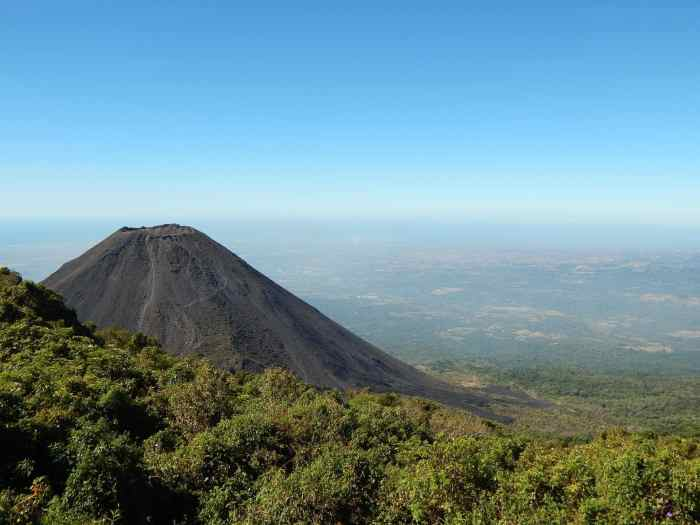El Salvador safety and security, visa, things to do in El Salvador, when to visit El Salvador, why visit El Salvador , El Salvador best beaches
