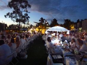 Diner en Blanc Brisbane by night