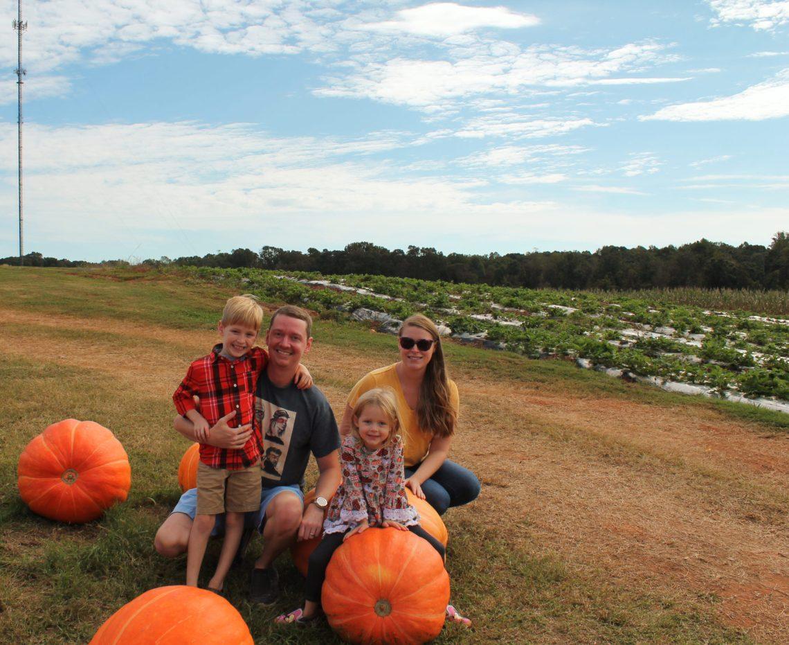 3 Reasons to Visit Jaemor Farms' Pumpkin Patch | sunshineandholly.com | Jaemore Farm | Atlanta fall fun | best pumpkin patches in Georgia | explore Georgia | best Atlanta pumpkin