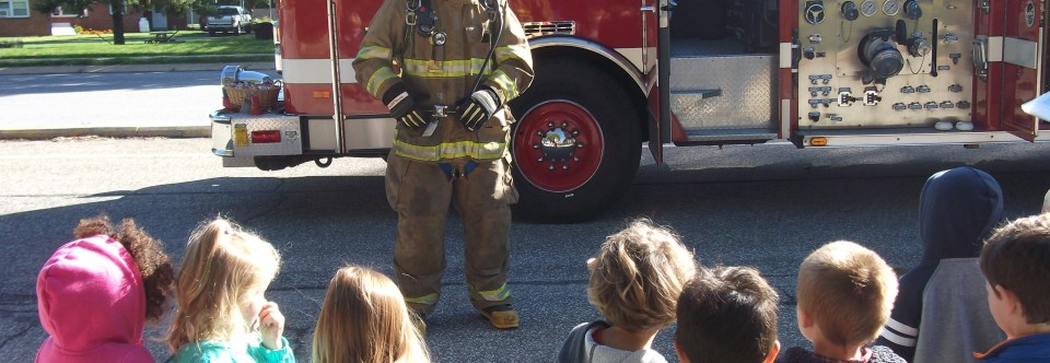 Firetruck visits Sunshine Corners for Fire Safety Week