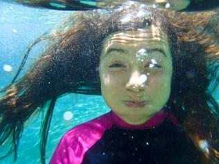 Allie Underwater =P