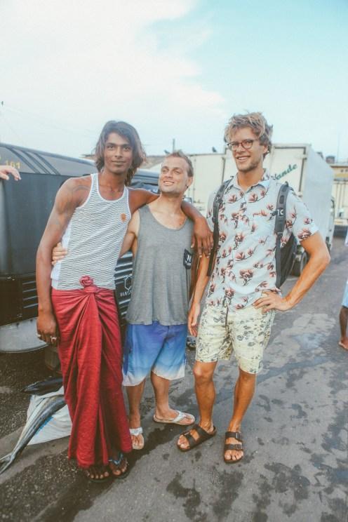 Sri Lanka-Surf-Medawatta-Dondra-Harbour-Tuna-Yellow-Fin-Sushi-Sashimi-Fresh-Burgers-Zephyr-Mirissa-IMG_8006
