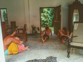 Sri Lanka-Hikkaduwa-Midigama-Aragum Bay-Sunshinestories-surf-travel-blog-IMG_8077