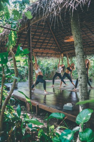 surfyogaretreatcampsrilankaSunshinestories-surf-travel-blog-DSC02018-2