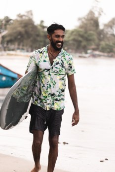 surfyogaretreatcampsrilankaWeek29-group-0365