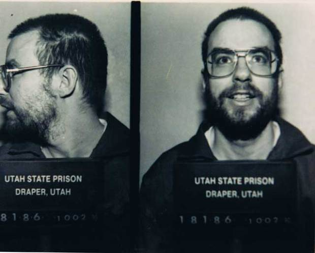 Mug shot taken in 1990. That August, Hofmann is discovered unconscious in his cell, having overdosed on antidepressants in an apparent suicide attempt.