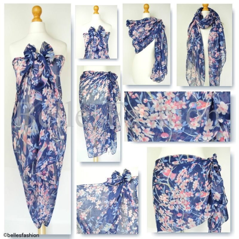 WHAT TO WEAR ON A PLANE FOR YOUR SUMMER HOLIDAYS large beach scarf