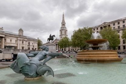 Trafalgar Square, water fountain