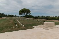 Lines of lone pine graves and the lone pine tree