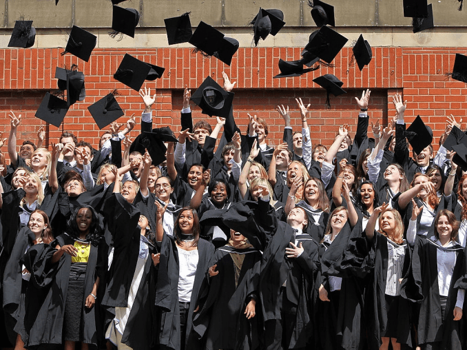 Tips on How to Graduate from College with no Debt