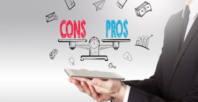 65 Pros and Cons of the Internet