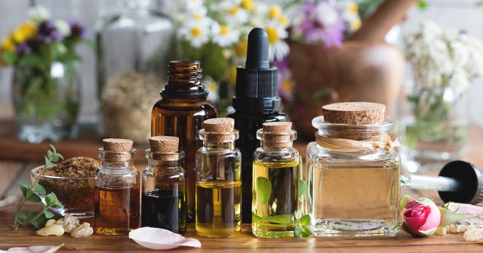 Essential Oils for Sebaceous Cyst: Other Remedy for Sebaceous Cysts