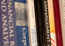 7 Websites that Offer College Textbooks Today for Free