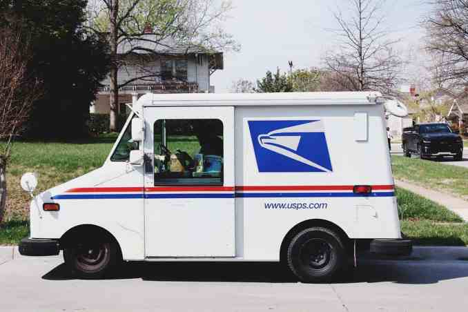 Different USPS Delivery Services and Tracking