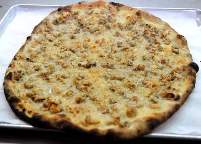 White Clam Pie — Frank Pepe Pizzeria Napoletana
