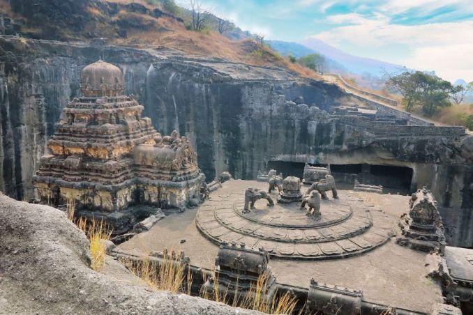 ancient ruins around the world