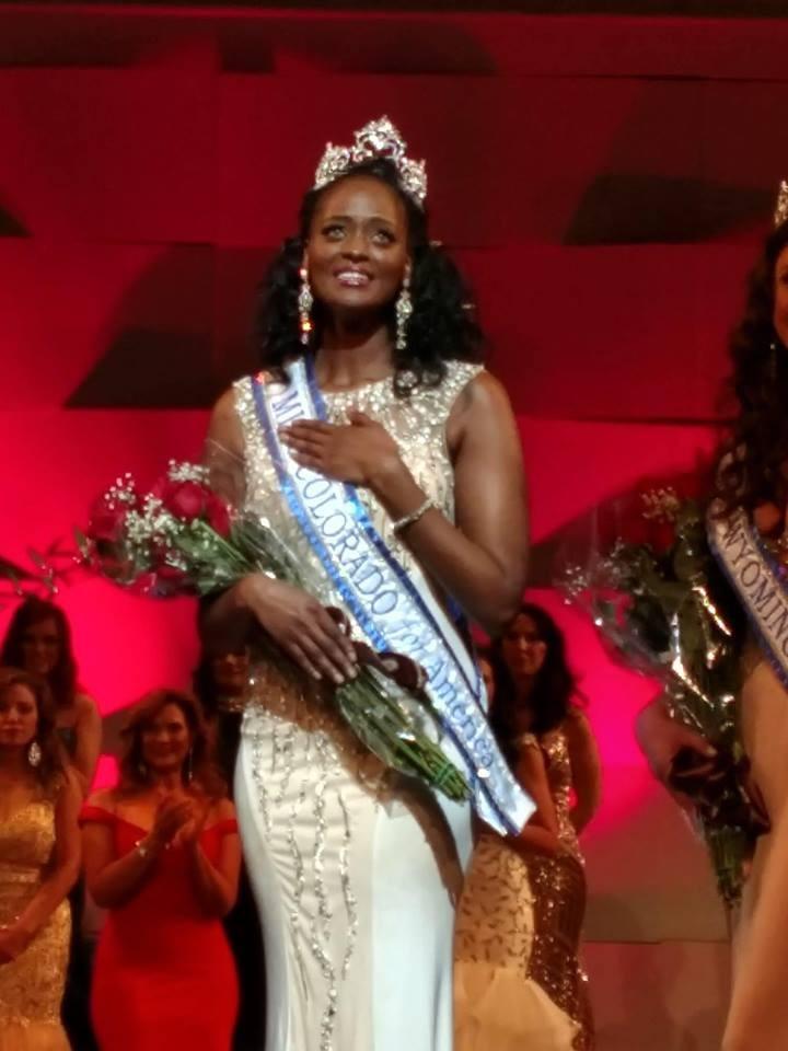 """b433c4f7-1c1b-41a0-b8a6-22b1563e878e La sénégalaise Aida Sow remporte la couronne de """"Miss Colorado"""""""