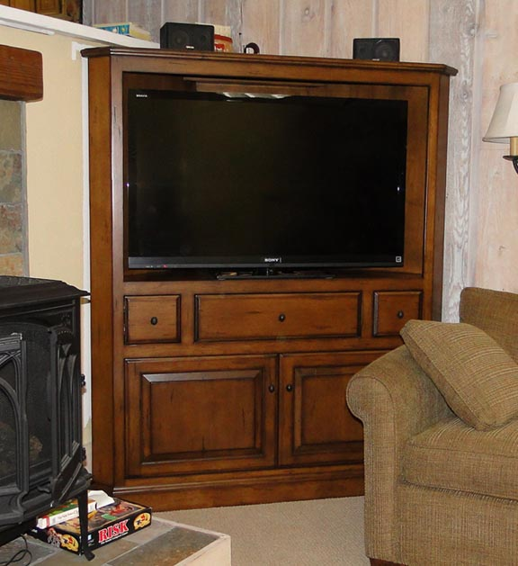 Corner Tv Cabinets on Pinterest  Corner Tv Tv Cabinets