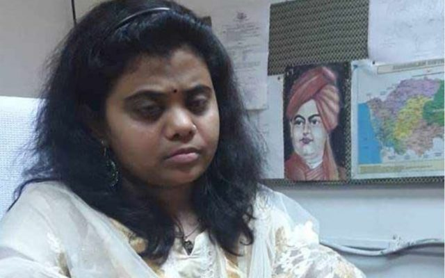 'visually-impaired-pranjal-patil-clear-ias-now-takes-charge-as-assistant-collector-in-kerala