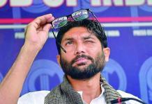 hmedabad-news/politics/dalit-activist-jignesh-mevani-receiving-threats
