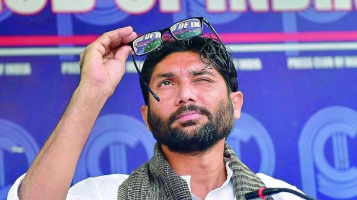 hmedabad-news/politics/dalit-activist-jignesh-mevani-receiving-threats