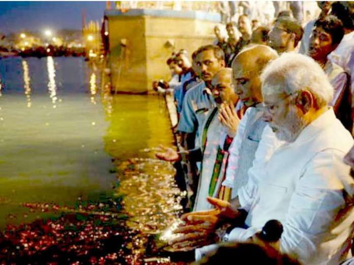 news/NAT-HDLN-how-much-change-varanasi-after-modi-government-on-rule-gujarati-news-