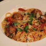 Uusi kansallisruoka – spagettia ja lihapullia