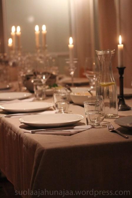 illallispöytä-suolaajahunajaa