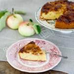 Sokeria ja omenoita lainaamassa – omenakeikauskakku