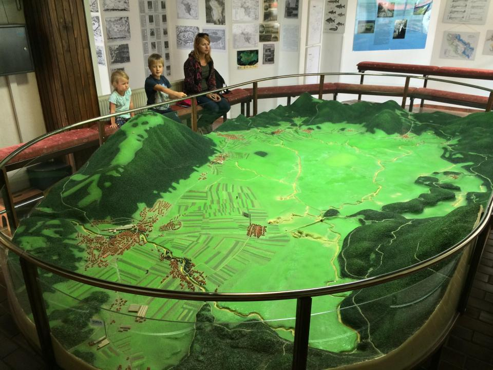 3D living model of Lake Cerknica