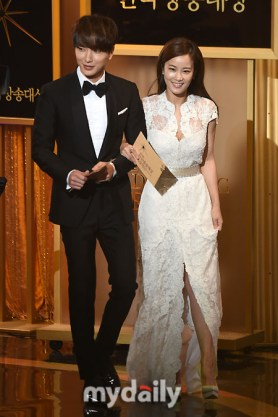 150903 korea broadcasting awards leeteuk (3)