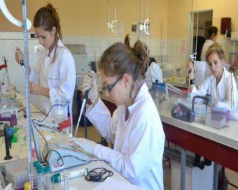 B.T.S.-Bioanalyses-et-contrôles
