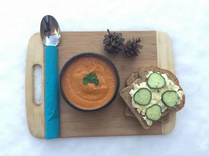 Soupe de patates douces, lentilles corail et tomate & son sandwich aux oeufs